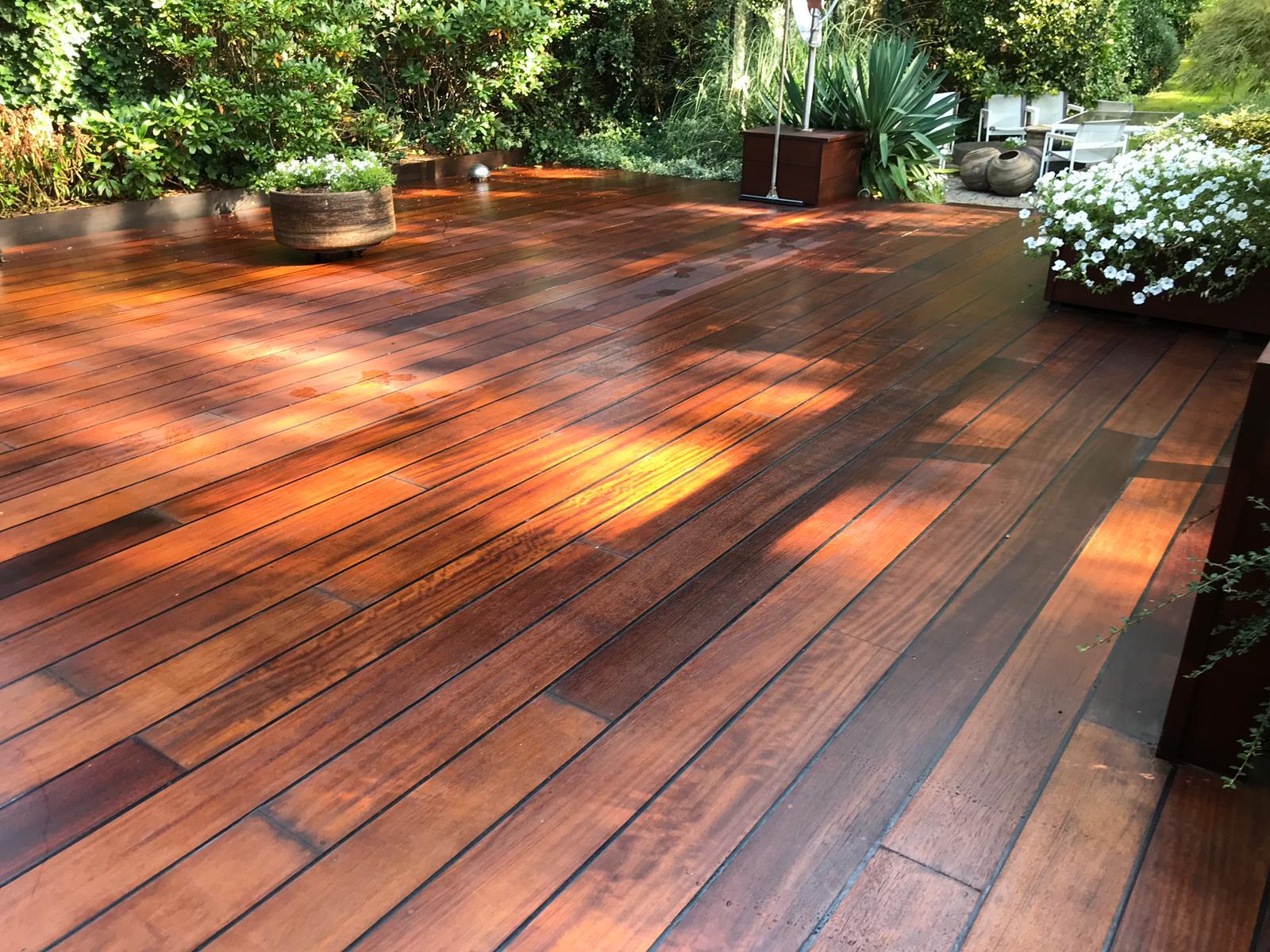 houten-terras-opnieuw-geschuurd-005